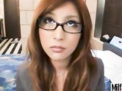 メガネが似合いすぎる超絶美人OLお姉さんとホテルでハメ撮りセックス!瑞樹ララXVIDEOS無料エロ動画