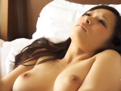 悠希めい 美人お姉さんの神乳プルプル揺れるの眺めながらホテルでハメ撮りセックス ムーミンFC2高画質無料エロ動画