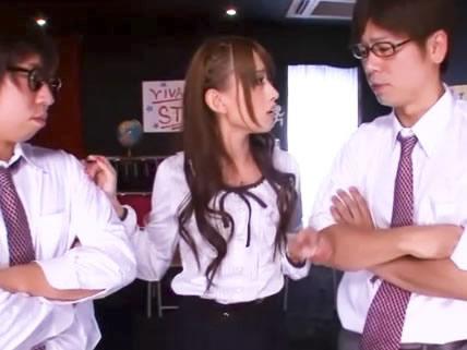 アイドル系激カワ美少女教師が真面目な男子生徒二人にエロの素晴らしさを教えるために学校で3Pセックス 希島あいり/小田切ジュンFC2無料エロ動画