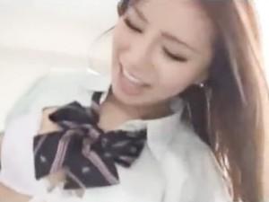 めちゃくちゃ可愛い超S級素人JKに制服着せたままホテルでハメ撮りセックス erovideo無料サンプルエロ動画画像